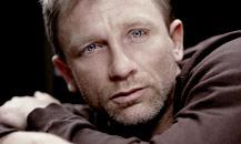 Visit The Daniel Craig Fanlisting!